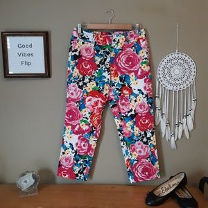 New York & Company Floral cropped pants